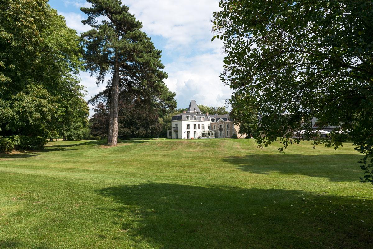 Bernalmont, le Château, accueil golf